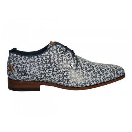 Trendy veterschoen in wit/blauw printje
