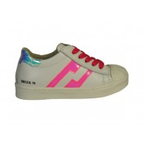 Trendy veterschoen in wit/roze met rits