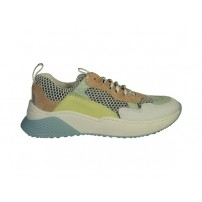 Trendy sneaker in pasteltinten